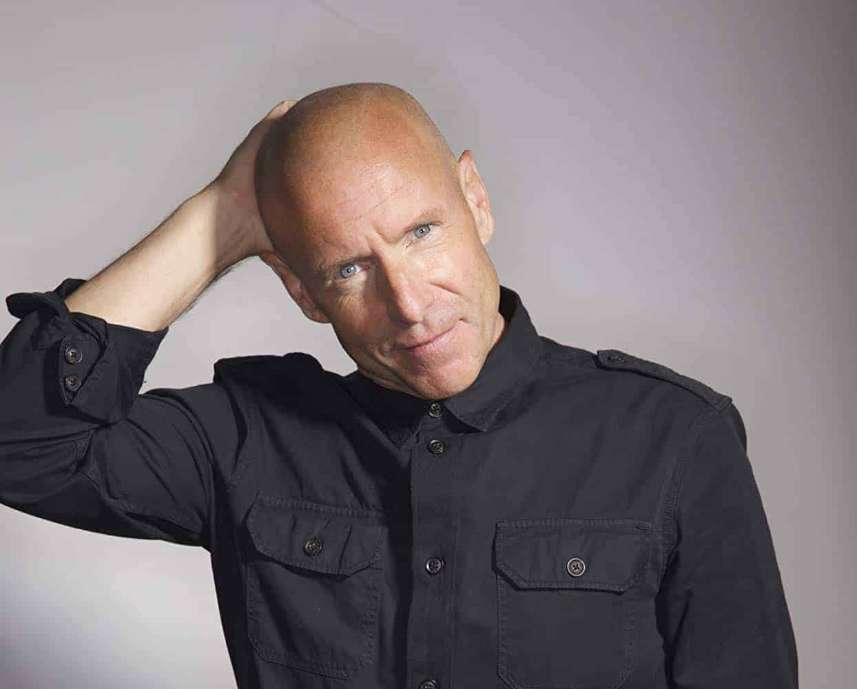 Hugh Dillon Photo by Theo & Juliet Photography